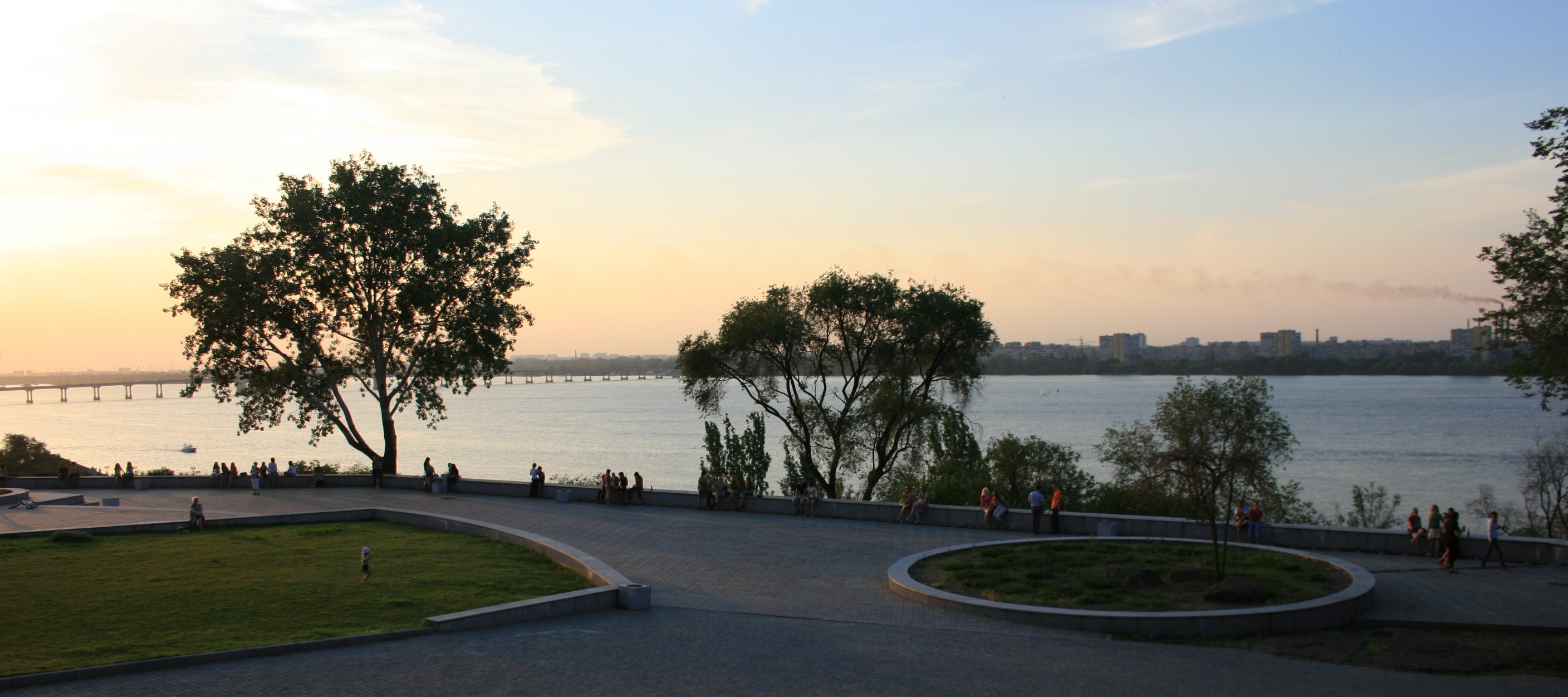 Europe's longest embankment - Dnipropetrovsk